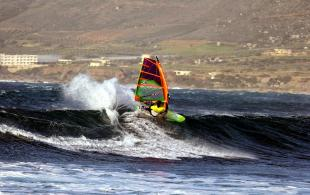 windsurf in west crete