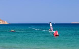 windsurf in east crete